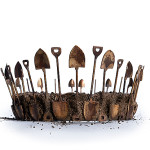 Crown of shovels and soil. Crown Jewels of Mexico. Soil and brass, 2013. Photography by Gurvitch Images